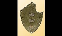 Настенный щит с гербом Три короны , коричневый