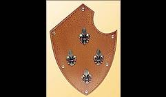 Настенный щит с гербом Четыре лилии, оранжевый.