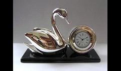 Часы Лебедь