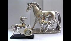 Набор Лошади и часы