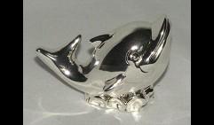 Дельфин стилизованный
