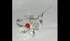 Ромашка из кристаллов