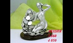 Скульптура Богиня удачи с рогом изобилия