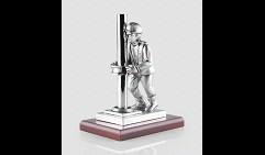 Скульптура Нефтяник