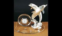 Часы Пара дельфинов (на стеклянной базе), Debora Carlucci